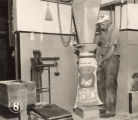 Adjusting a grain bag